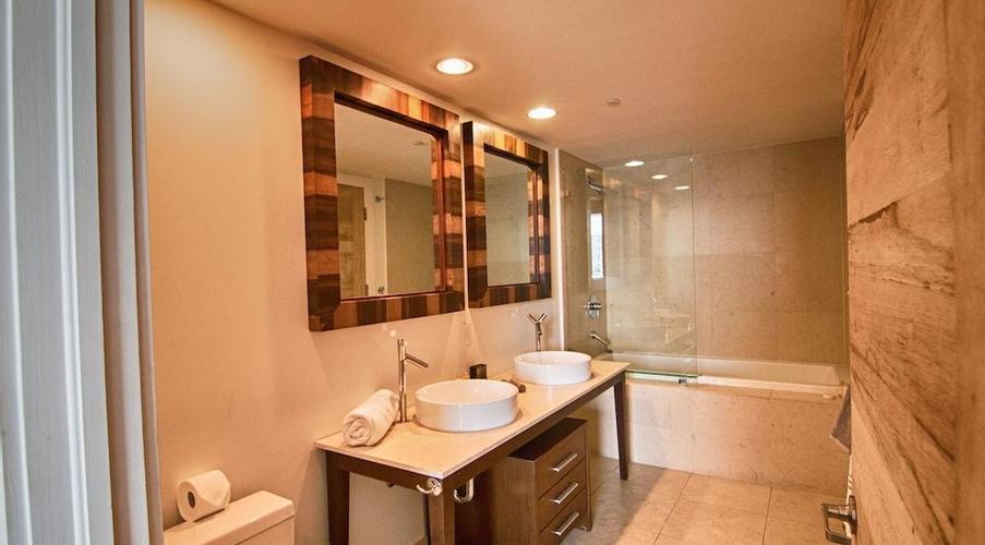 Icon Brickell W Miami By Velvet Luxury, Miami