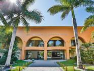 Nauticomar All Inclusive Hotel & Beach Club
